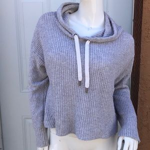 American eagle Grey CROPPED HOODED SWEATER